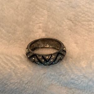 Jewelry - Black and silver band